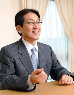 学校法人 大和学園 理事長田中誠二